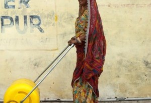 Social Entrepreneurs Create Two Amazingly Simple Water Carriers